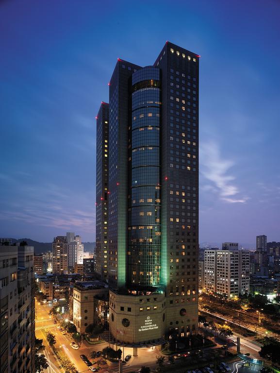 Shangri-las Far Eastern Plaza Hotel - Taipei