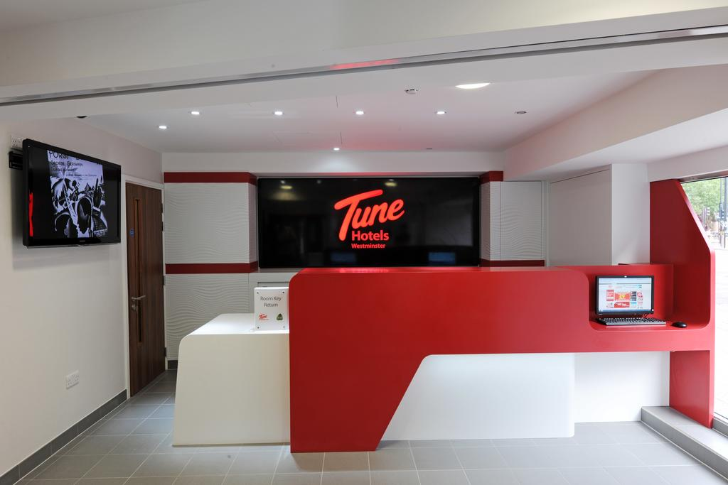 Tune Hotel - London - Westminster