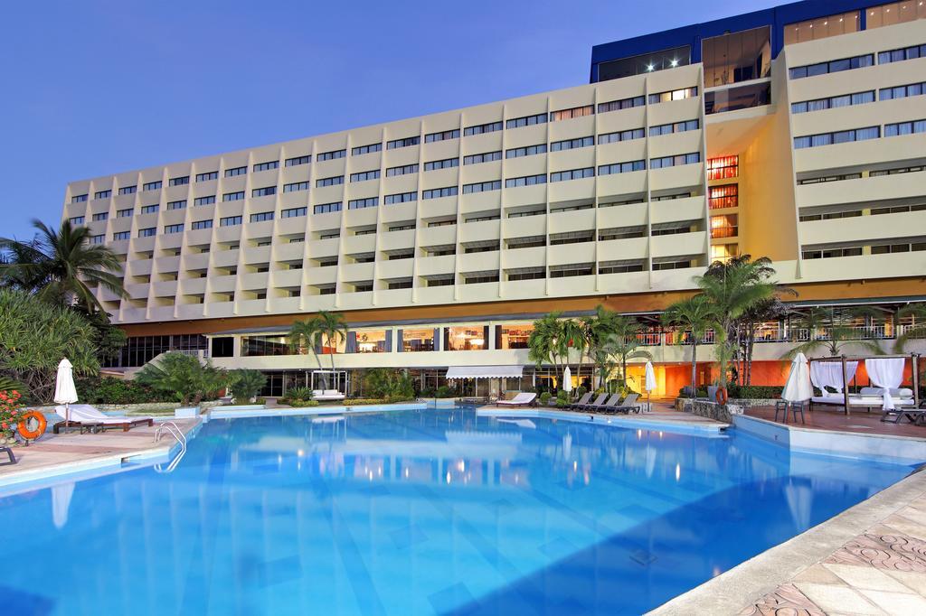 Dominican Fiesta Hotel and Casino
