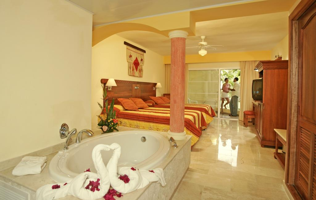 Grand Palladium Punta Cana Resort and Spa - All Inclusive