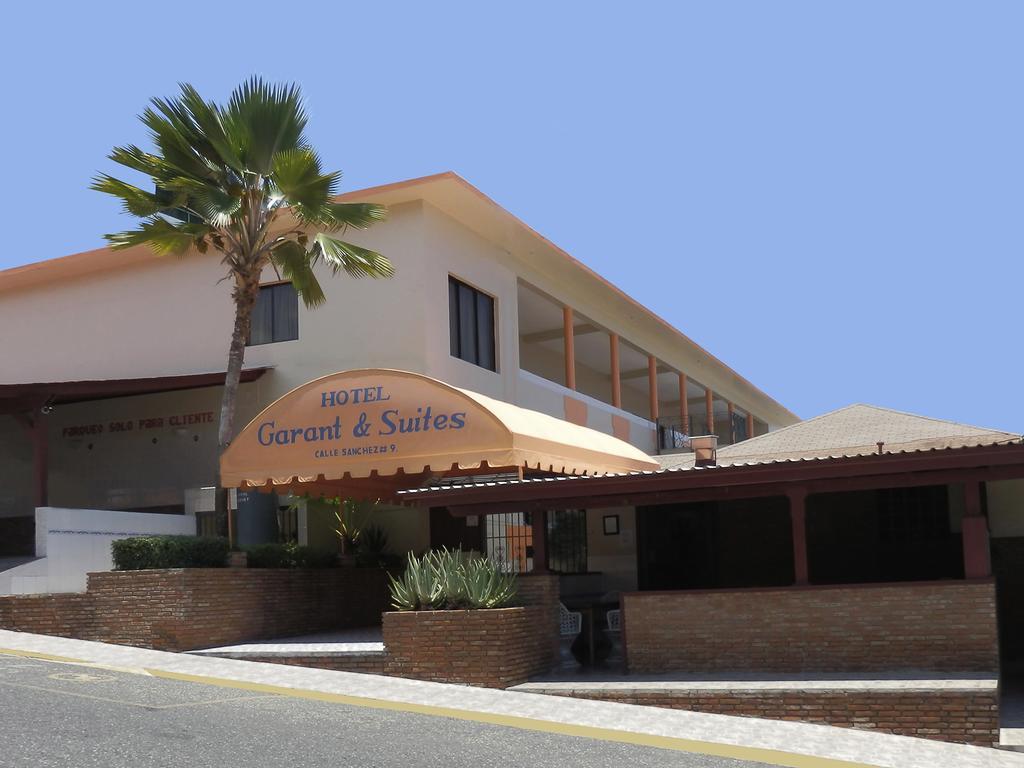 Hotel Garant and Suites